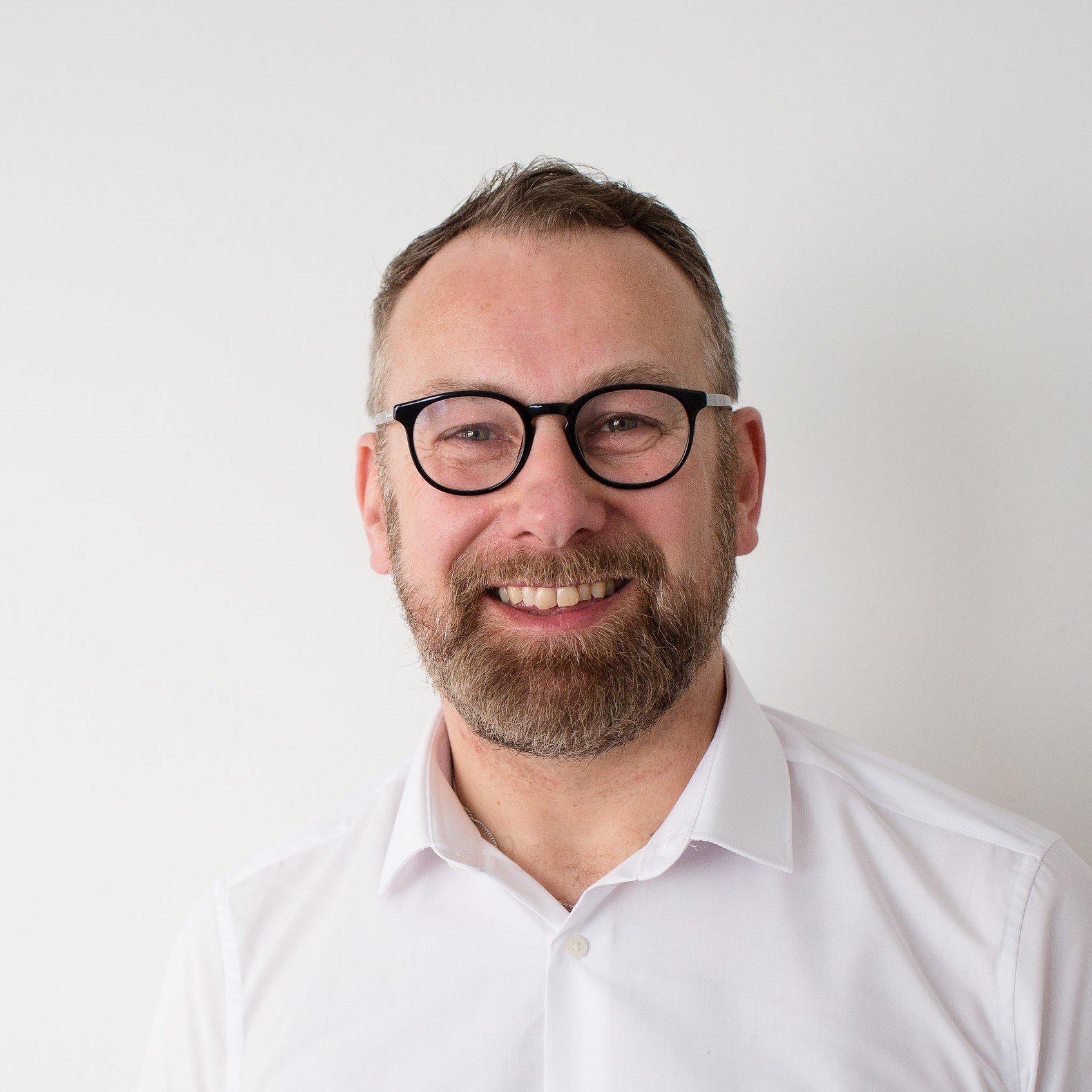 Torbay Acupuncturist Darren Stoyle profile photo